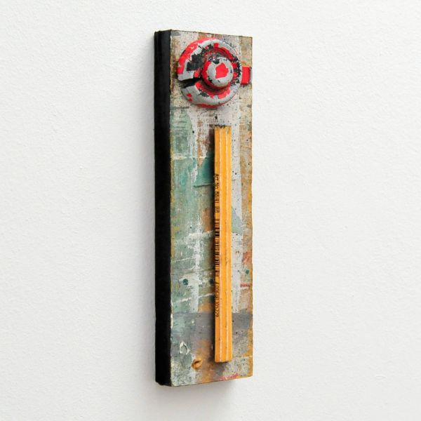 Thomas Newman Pound, Untitled, 2019, Found mixed media assemblage, 19x5,5cm
